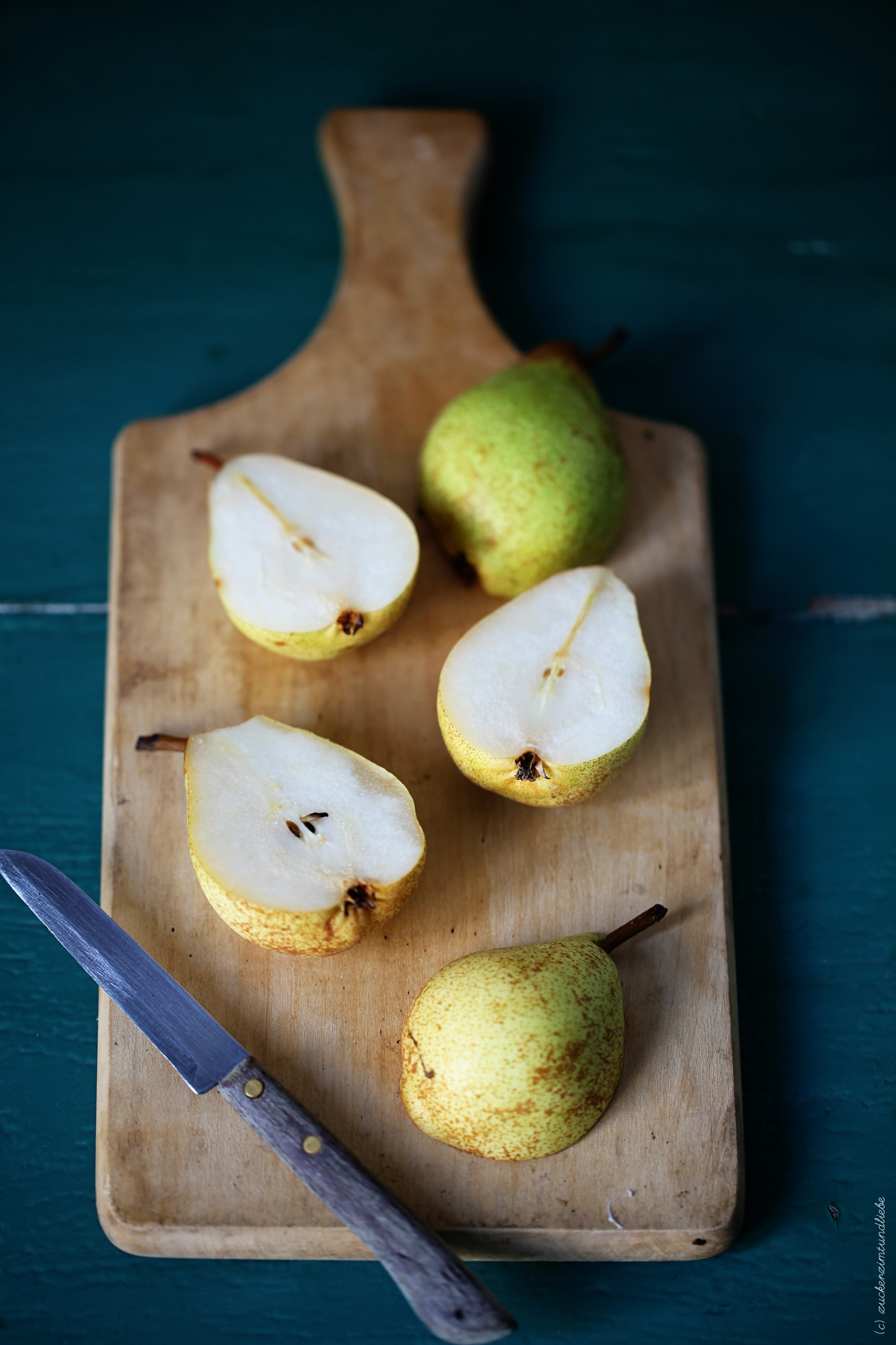 Birnen aufgeschnitten Foodblog Zuckerzimtundliebe Brown Betty