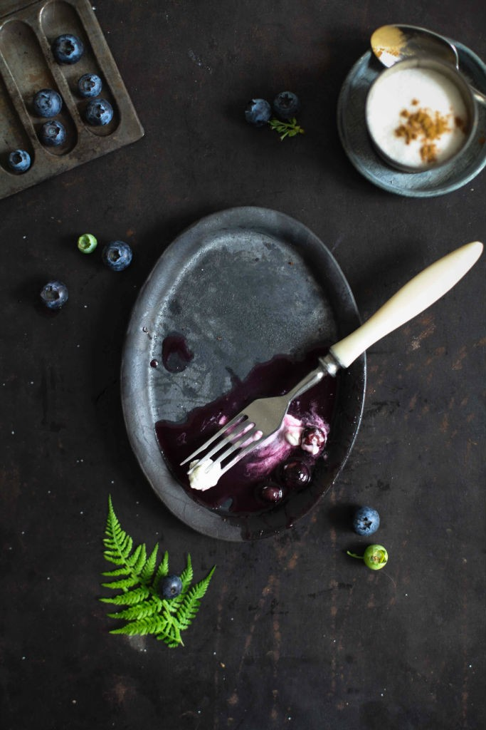 Einfaches leckeres Palatschinken Rezept mit Blaubeer Ahornsirup Sauce zuckerzimtundliebe, Frühstücksidee, Frühstücksglück