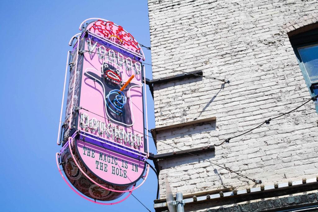 Portland Oregon kulinarisch Cafe Restaurant Voodoo Doughnuts