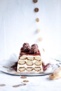 Tiramisu Semifreddo Eis Rezept Zuckerzimundliebe Ferrero Rocher Löffelbiskuits Mascarpone Kahlua Likör Kakao Weihnachtsdessert Idee