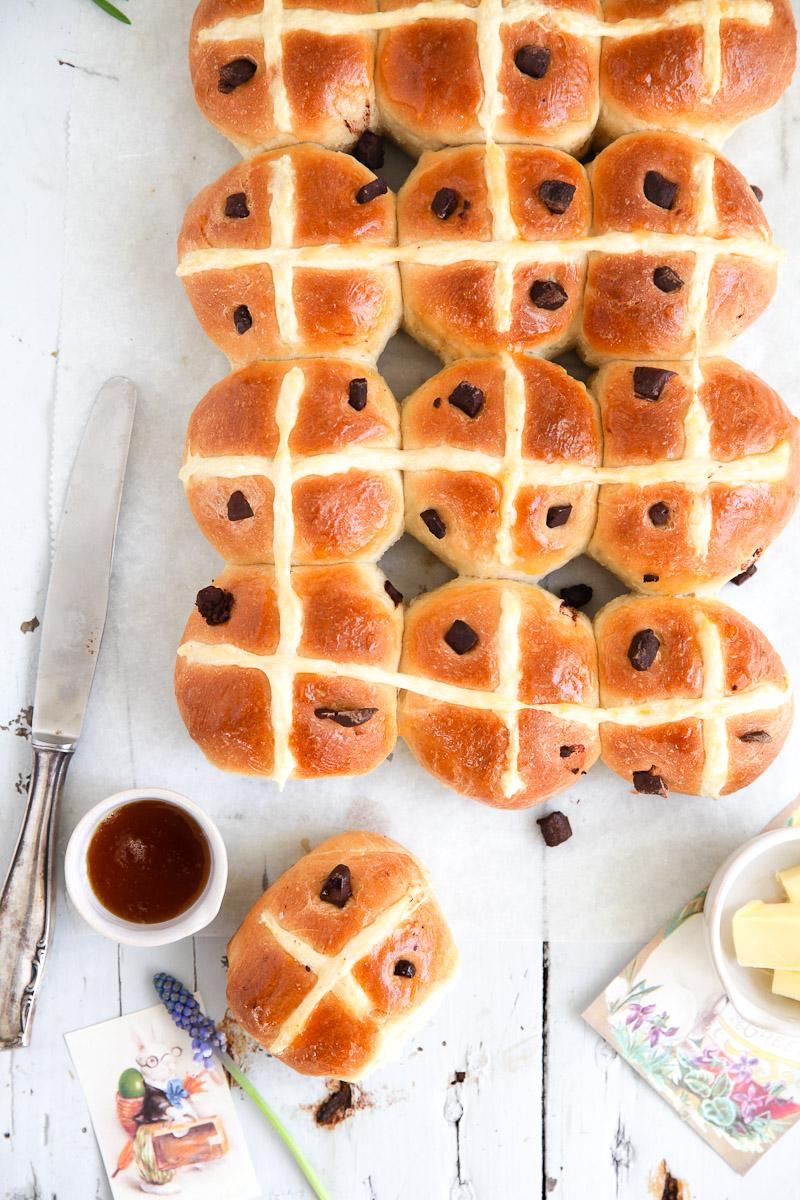 Hot Cross Buns Mit Schokolade Zucker Zimt Und Liebe