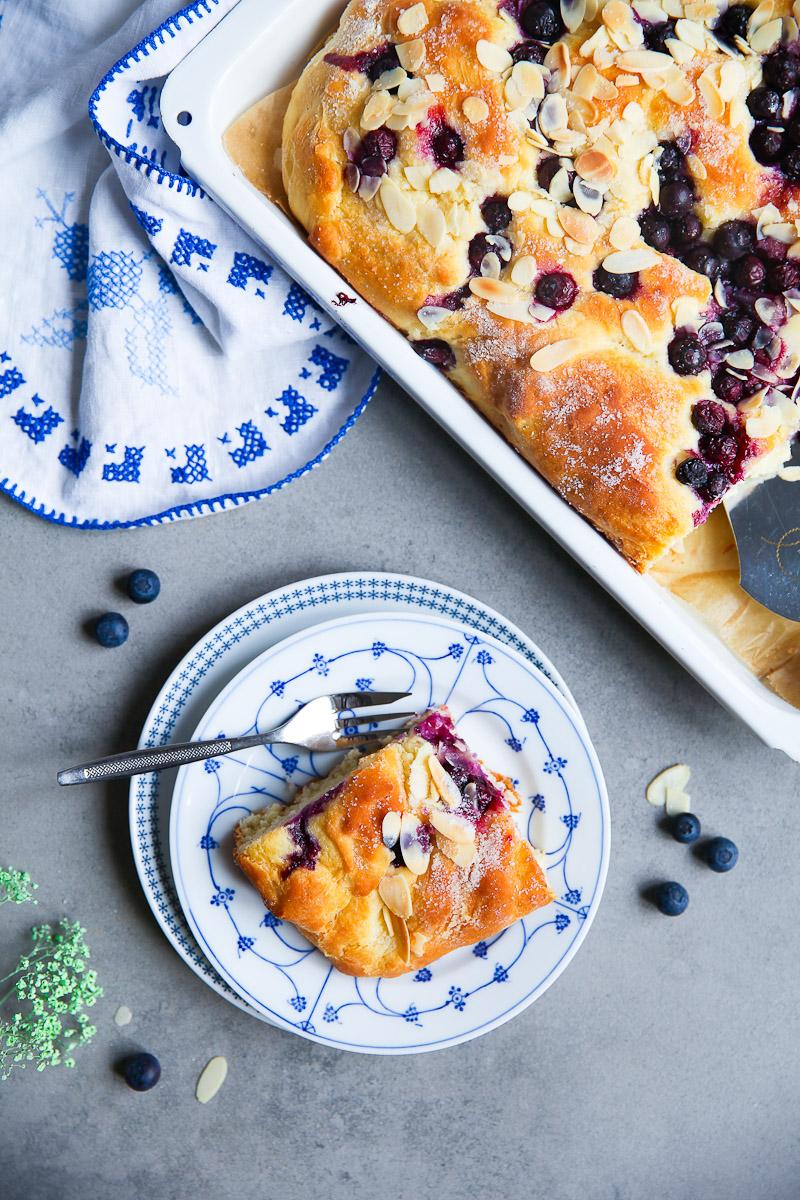 bester blaubeer butterkuchen zucker zimt und liebe. Black Bedroom Furniture Sets. Home Design Ideas