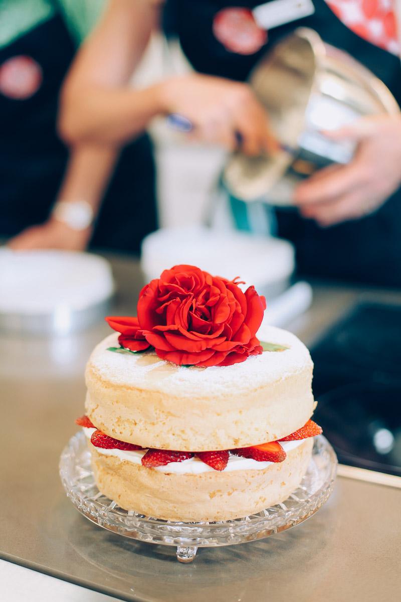 ein rezept f r fruchtigen maracuja spongecake f r euch vom tasting australia foodfestival in. Black Bedroom Furniture Sets. Home Design Ideas