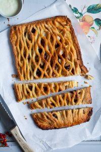 Apple Pie Rezept mit Cranberries und Teiggitter Herbstkuchen Pie Pierezept wie macht man pie Mürbeteig Apple pie with cranberries recipe foodstyling food photography zuckerzimtundliebe foodblog