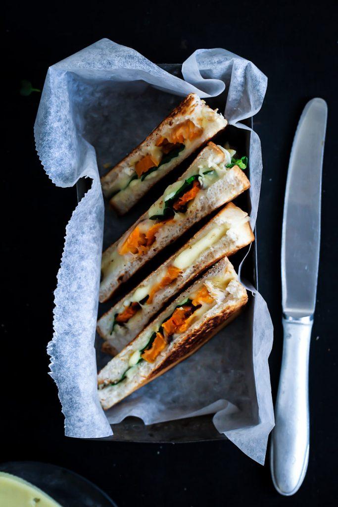 Leerdammer Kaesebrot Rezept grilled cheese sandwich mit Suesskartoffeln und Spinat wirkäsebroten mfgkäsebrot foodstyling sandwich stulle der woche zuckerzimtundliebe food photography
