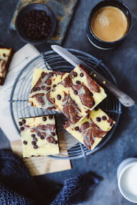 Rezept für die besten Cheesecake-Brownies, heute als Stracciatella Cheesecake Brownies