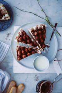 Rezept für Cappuccino-Philadelphia-Torte. Ein Cheesecake ohne Backen aka Kühlschrankkuchen {enthält Werbung}