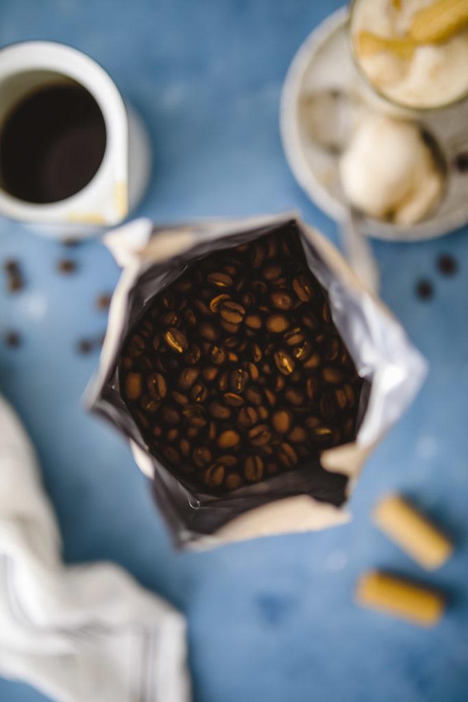 Affogato Rezept Eis mit Kaffee Eiskaffee Tchibo Caffè Blonde zuckerzimtundliebe sommergetränk Dessert zuckerzimtundliebe Foodblog Backblog