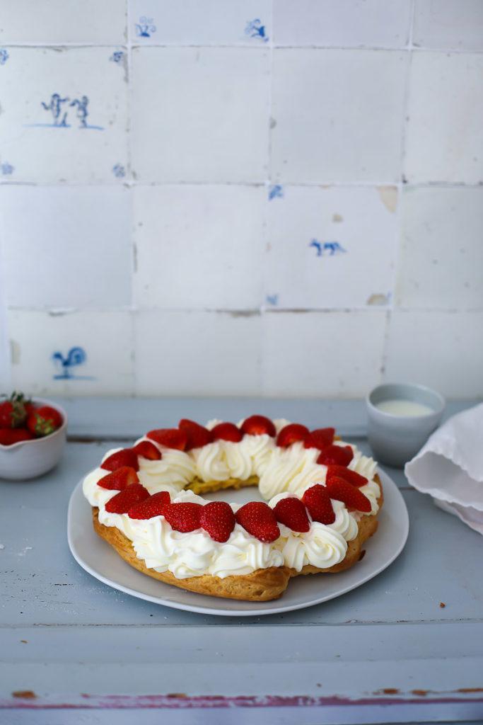 Rezept Paris Brest Brandteig Windbeutel Kranz eclair wie macht man Brandteig Backschule Cheesecake Füllung Erdbeeren Kuchen zum Muttertag Erdbeerkuchen zuckerzimtundliebe foodblog backblog foodstyling