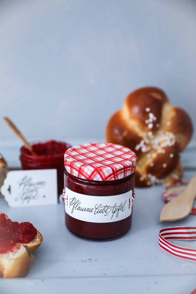 rezept apfel pflaumen marmelade zucker zimt und liebe. Black Bedroom Furniture Sets. Home Design Ideas