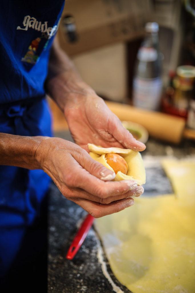 Zwetschgenknödel Rezept Marillenknödel aus Kartoffelteig Originalrezept aus Südtirol Meetmerano Meraner Land Süssspeise