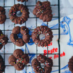Rezept fuer Schokokekse Schokocookies daenische butterkekse zuckerzimtundliebe backrezept keksrezept cookierezept foodstyling food photography deutscher foodblog