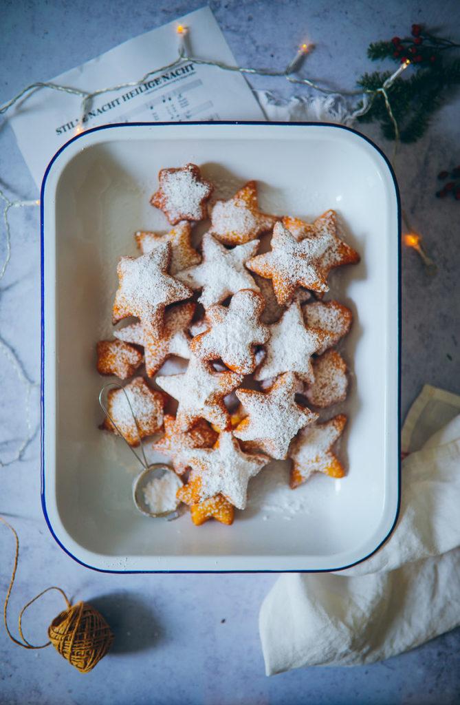 Weihnachts zimt krapfen kreppel berliner donuts beignets rezept krapfen schmalzkuchen zuckerzimtundliebe weihnachtsbäckerei weihnachtsgebäck cinnamon beignets foodstyling food photography the bakefeed the feedfeed