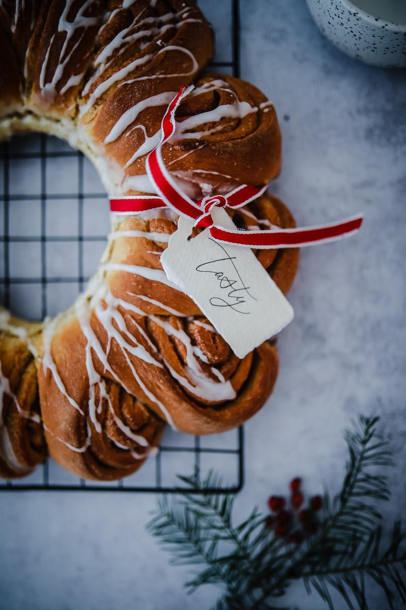 Zimtschnecken Weihnachtskranz | Zucker, Zimt und Liebe