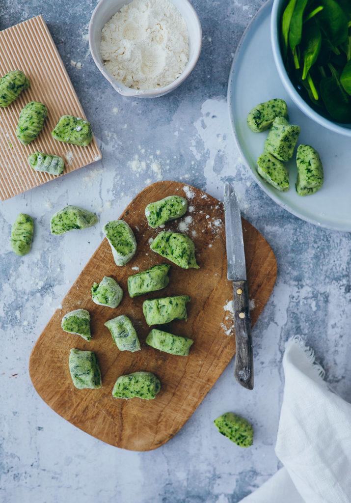 Rezept Spinat Gnocchi spinach gnocchi Gnocchi selbstgemacht foodstyling food photography zuckerzimtundliebe