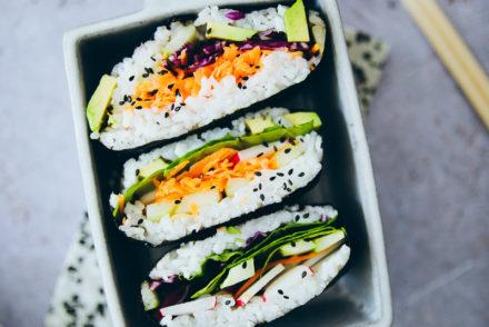 Onigirazu recipe rezept sushi sandwich selber machen foodstyling food stylist vegetarisch veggie food photography zuckerzimtundliebe foodblog cookfeed nytfood food52