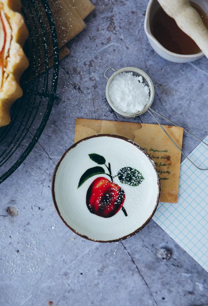 Apfelkuchen Apfeltarte apple tart Apfel rosen kuchen einfacher mürbeteig apple pie apfelrezepte backen mit Äpfeln Südtirol meraner land lana apfelbüte zuckerzimtundliebe foodstyling food photography backblog bakefeed