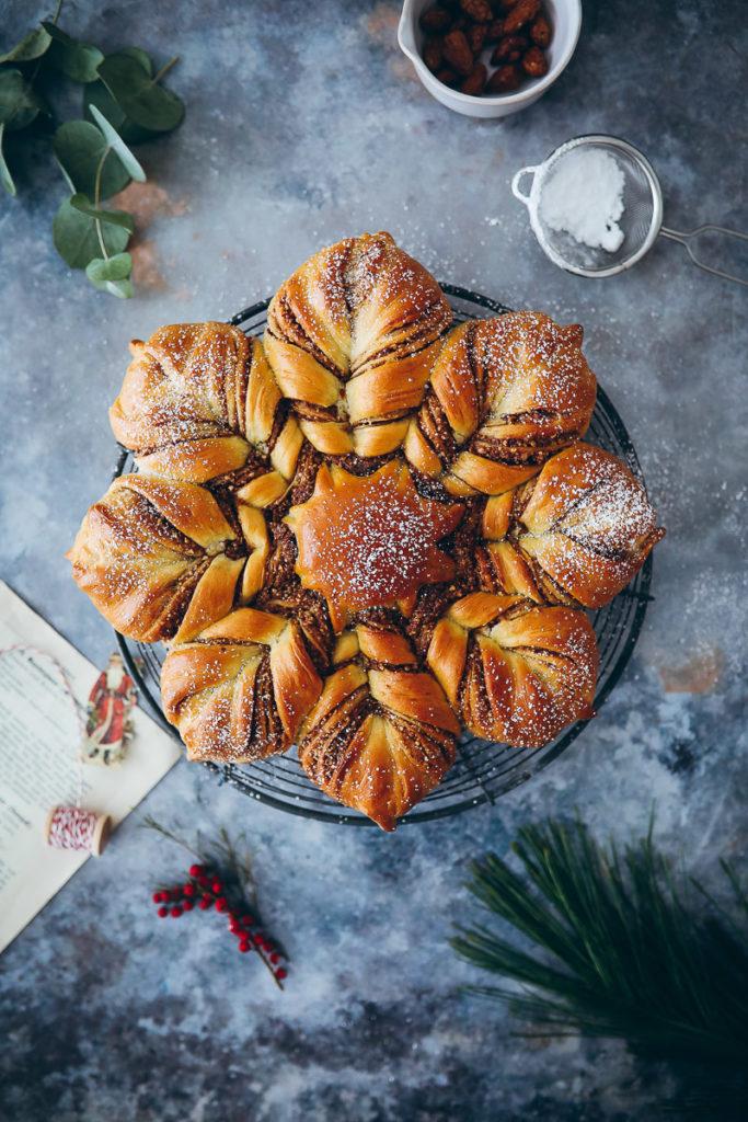 Star shaped bread stern brot zupfbrot zuckerzimtundliebe foodblog backblog foodstyling winter weihnachten hefezopf gebrannte mandel