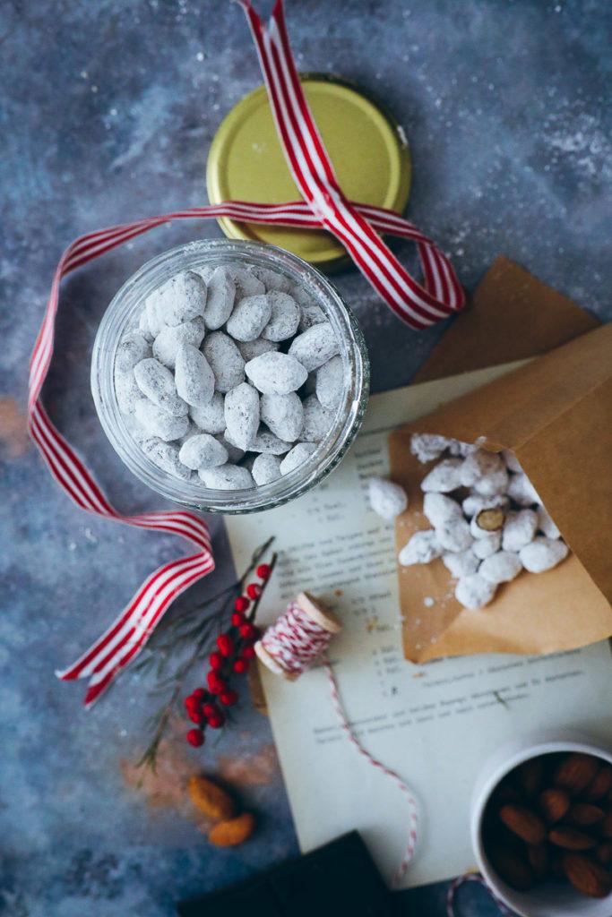 Amandes au chocolat Recette Cuisine cadeau Cadeau de Noël cadeaux comestibles foodstyling amandes enrobées de chocolat amandes de Noël faire vos propres cookies de l'avent cadeaux de l'avent backblog sucre cannelle amour