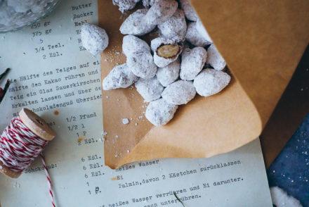 Schokomandeln Rezept Kuechengeschenk Weihnachtsgeschenk edible gifts foodstyling chocolate covered almonds Weihnachtsmandeln selber machen adventsgebäck adventsgeschenke backblog zuckerzimtundliebe