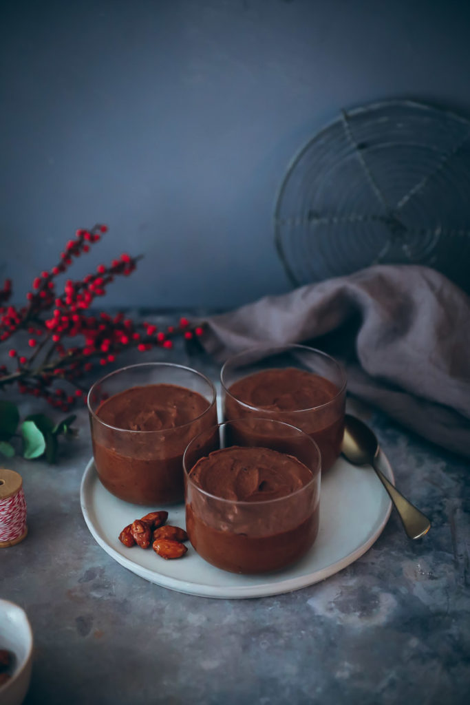 einfaches Mousse au chocolat rezept weihnachtsdessert zimt gebrannte mandel edeka schokolade foodstyling food stylist zuckerzimtundliebe foodblog einfacher nachtisch weihnachtsmenü