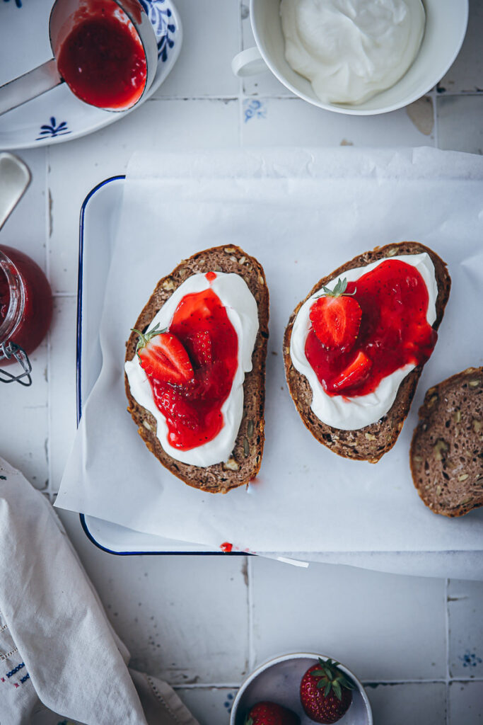 Erdbeer Limoncello Marmeladen Konfitüre rezept Marmelade kochen einfaches Rezept strawberry limoncello jam zuckerzimtundliebe foodblog foodstyling food photography the kitchn food 52