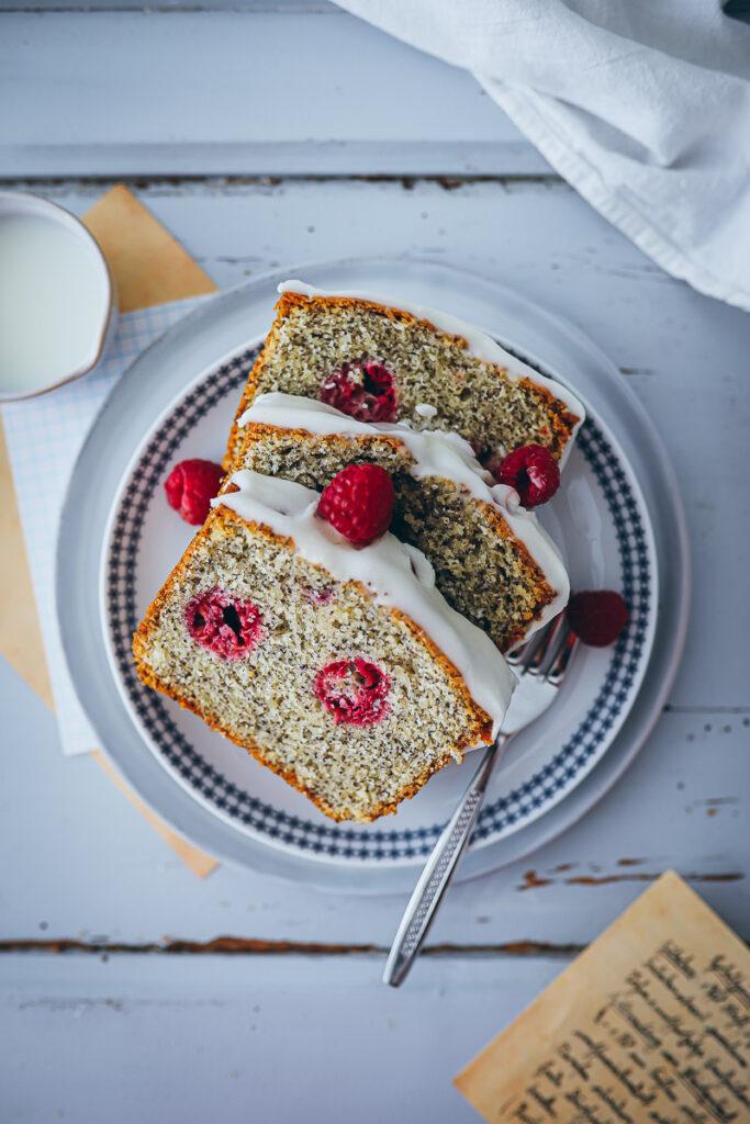 Himbeerkuchen Mohnkuchen Kastenkuchen einfacher Grundteig Rührkuchen Marzipankuchen raspberry poppy seed cake recipe food52 bakefeed baking from scratch foodstyling food photo zuckerzimtundliebe feedfeed backblog