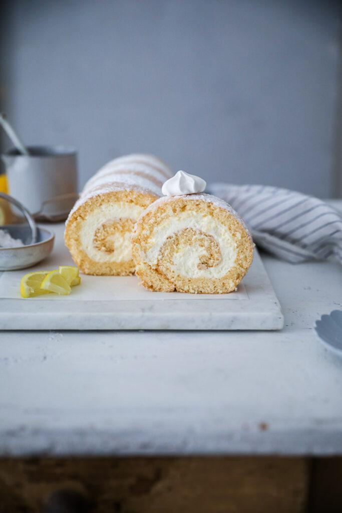 Rezept für Zitronen-Biskuitrolle mit Mascarponefüllung